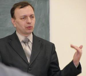Научный руководитель центра арменоведения, заведующий кафедрой зарубежного регионоведения ФМО, профессор А.А. Корнилов