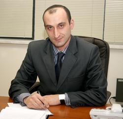 http://nashasreda.ru/wp-content/uploads/2013/05/egiazaryan_arman.jpeg