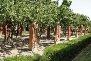 Хачкары в виде букв армянского алфавита