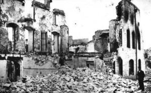 Разгромленный и сожженный армянский дом