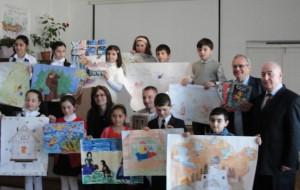 Дети Нагорного Карабаха рисуют русские сказки