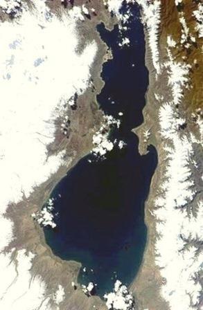 Озеро Севан. Снимок из космоса