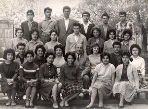 Эдгар Суренович со своими учениками, 1963 год