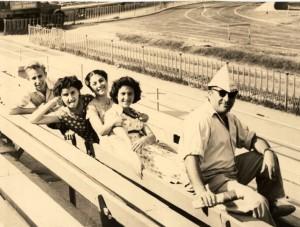 С Эдгаром Суреновичем на Республиканском стадионе, 1961 год