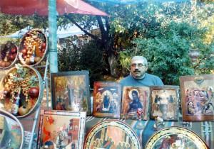 Ишхан Саргсян в иконном ряду на вернисаже