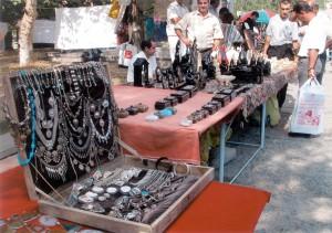 Ереванский вернисаж 2004г.