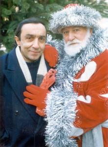 Григорий Арутюнян и Эдик Бадалян (Дед Мороз на вернисаже)